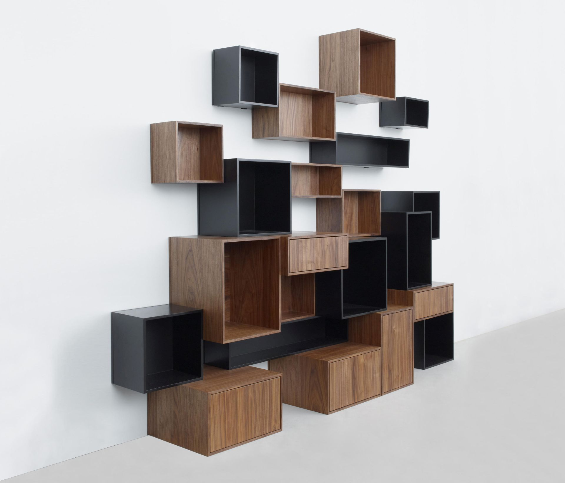 cubit_shelf-walnut-black