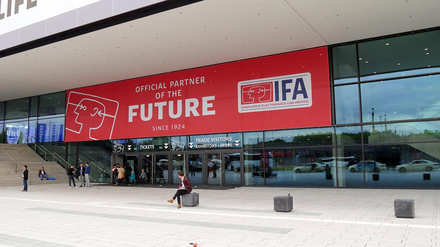 IFA_official_partner_of_the_future