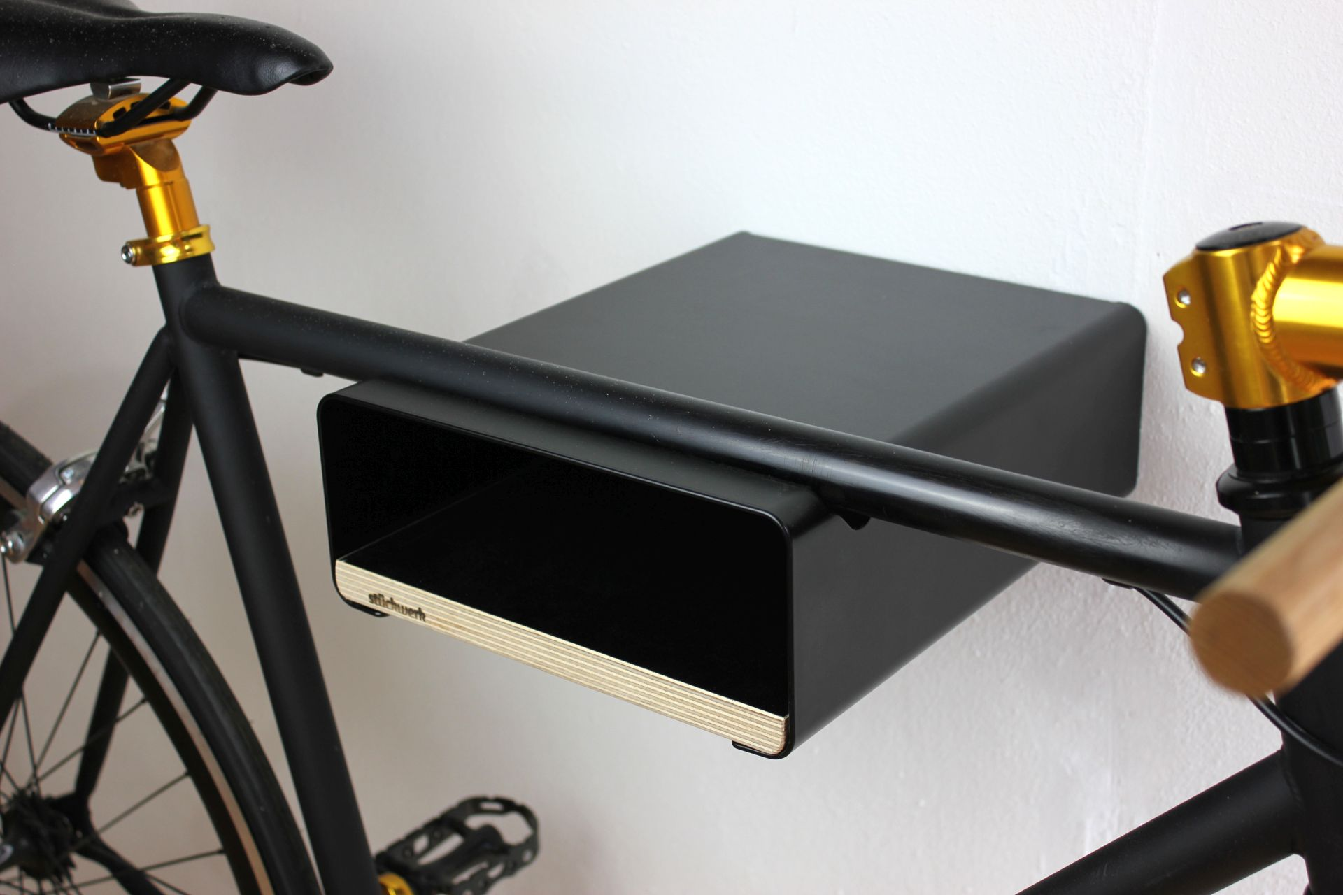 stueckwerk_velo-stop-bike-shelf-black